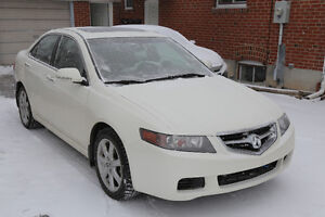 2004 Acura TSX 2.4L 6-speed manual, Low milage km, sunroof