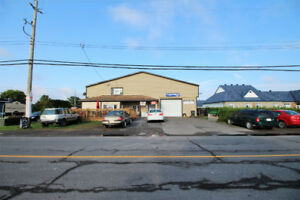 Commercial/Residential building for sale - $649,900