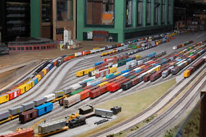 RC Trains in stock at Daymak Windsor / SOAR Hobby.