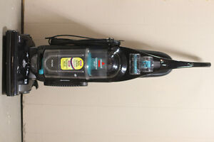 Bissell Cleanview Helix - Bagless Vacuum