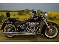 Harley Davidson FLSTN 2011**WHITE WALL TYRES, BACK REST, VANCE & HINES**