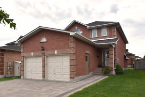 OPEN HOUSE THIS WEEKEND...698 COLLEGE MANOR DR. NEWMARKET