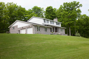 Quiet Spacious Country Family Home Home For Sale