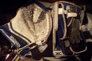 rebook 34+1 pads with match glove and blocker