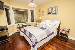 $3750(ORCA_REF#428W24)BEAUTIFULLY Renovated Family Home w/ Indoo North Shore Greater Vancouver Area image 10