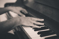 Piano lessons develop confidence and creativity!