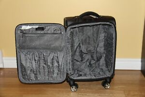 Valise neuve de marque Ricardo Elite Saguenay Saguenay-Lac-Saint-Jean image 2