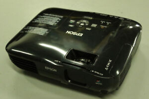 Epson EX5200 3LCD Chip Projector USB Plug and Play, HDMI Inputs