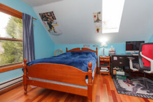 Gorgeous Gordon Head Home in Central Location