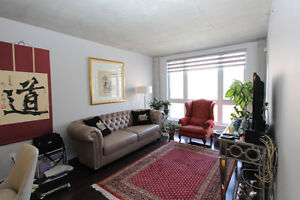 deluxe condo 41/2 at Sherbrooke/Decarie