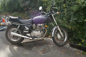 CM 400 E Honda 400 Twin could be a great cafe racer project