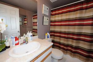 Two Bedroom Modern Condo in Queen Mary Park Edmonton Edmonton Area image 6