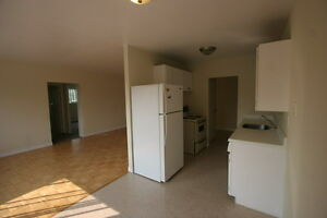 North London Large Bright 2 Bedroom Apt Controled Entry Hardwood London Ontario image 3