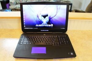 Dell gaming laptop alienware 17 r2
