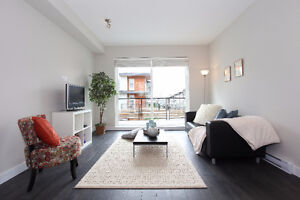 Gorgeous 2 bdrm+den townhome in Breeze (Open house Sat. 2-4pm)