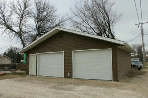 Home for sale in Carman