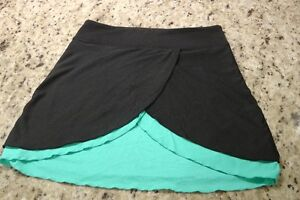 ivivva /lululemon skirt dance/beach cover up black/green size 12