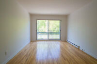 Spacious, bright 4½ apartment in Notre Dame de Grace (NDG)