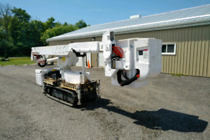 2006 Altec AT37G tracked bucket