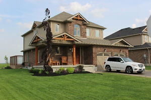 Beautifully landscaped country home FULLY FURNISHED