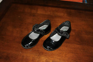 Rachel Shoes black patent dress shoes, size 7.5 Kitchener / Waterloo Kitchener Area image 1