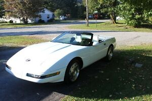 1993  rare triple white 40th annivesary corvette