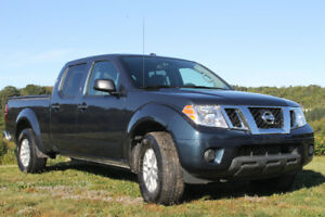 2017 Nissan Frontier SV 4WD Crew Cab with FREE Add ons