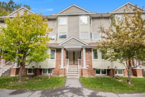 Orleans 2 bed 2 bath for sale. Quick closing possible!