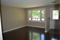 $385,000 Beautiful South End Bungalow with LEGAL Bsmt Apartment!