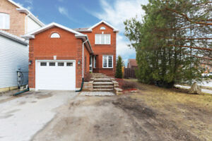New Listing! Beautiful 2 storey home at 2 Corrie Cres. in Angus!