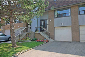 136 Ashton Cres townhouse FOR SALE BRAMPTON