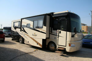 2008 Fleetwood Bounder Motorhome For Sale
