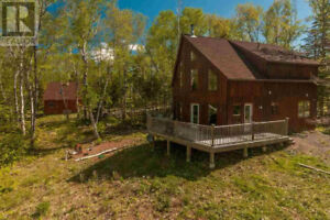 Beautiful Private Getaway Near Ski Martock - Falls Lake!