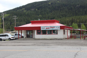 LIVE AND WORK IN BEAUTIFUL CROWSNEST PASS