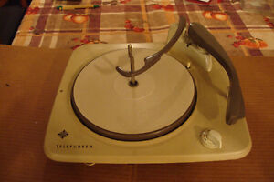Table tournante vintage Telefuken 504  Vintage Turntable.