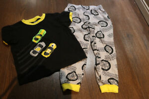 Boys 4T clothing