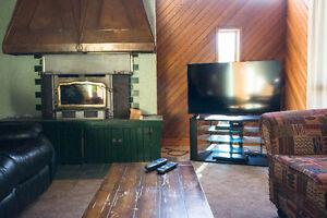 Blue Mountain Chalet - Aug 25-27 Still Available