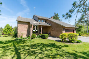 Custom Brick Home on the Outskirts of Barrie