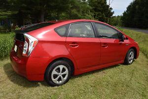 2013 Toyota Prius hybride Economisez!