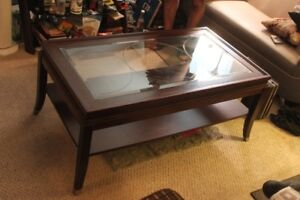 Coffee Table and End Tables with Lamps.