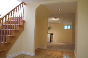 2BR Bsmt Apt Newly Professionally Finished Bayview/Major Mac