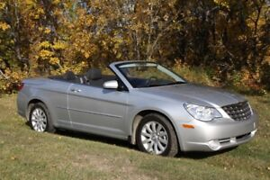 2010 Chrysler Sebring Touring Convertible MINT
