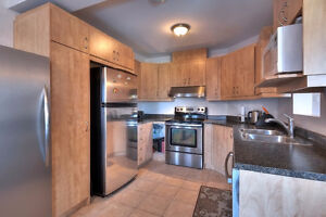 Best Value! Charming Condo For Sale Pierrefonds! West Island Greater Montréal image 1