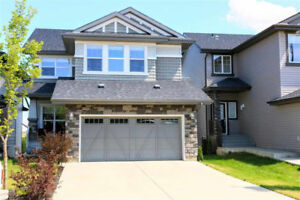 Classy Luxury Home With Fully Finished Walkout Basement!