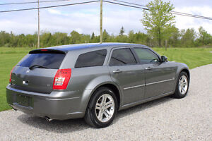2005 Dodge Magnum R/T Wagon