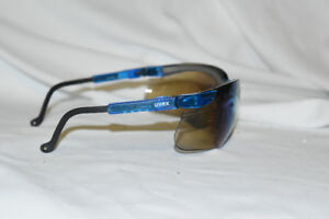 New Uvex S3243 Genesis Safety Eyewear