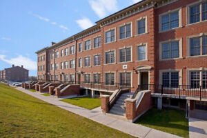 Apartment for Sublet May-August Fully Furnished!! On UOIT Campus