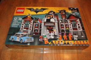 LEGO The Batman movie Arkham Asylum (# 70912)