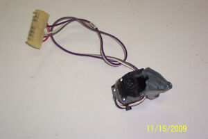 93-94 GM TRUCK NEW OEM TILT DELAY WIPER SWITCH London Ontario image 1