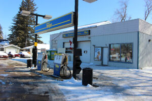 Ninette Gas Service FOR SALE - Pelican Lake